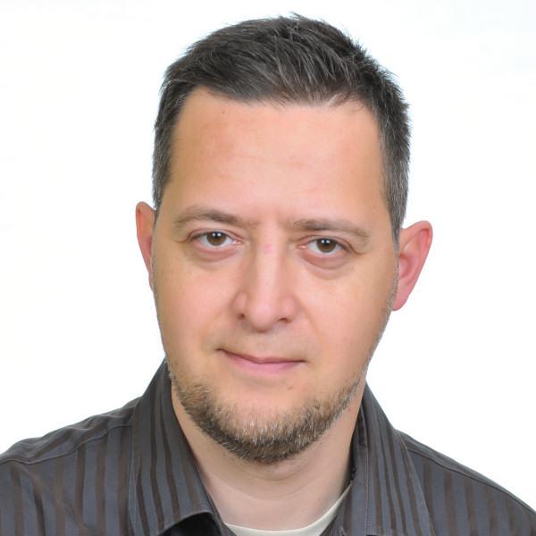 Ifj. Tóth Gyula - Presbiter